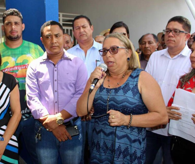 Resultado de imagem para SECRETÁRIA NICINHA SOARES, DE OLINDA NOVA